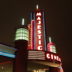 Photo taken at Marcus Majestic Cinema of Brookfield - Brookfield by Jeff J. on 12/25/2012