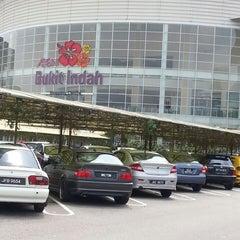 Photo taken at AEON Bukit Indah Shopping Centre by Yatie Y. on 3/30/2013