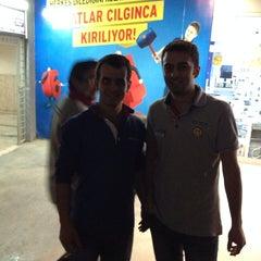 Photo taken at Electroworld İzmit by Sadettin C. on 11/21/2013