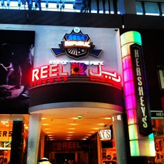 Photo taken at Reel Cinemas ريل سينما by Mazhit I. on 11/1/2012