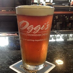 Photo taken at Oggis Pizza & Brewing Co by Robert P. on 9/3/2013