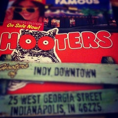 Photo taken at Hooters by Truth B. T. on 10/21/2012