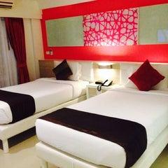 Photo taken at โรงแรม หิน น้ำ ทราย สวย 1 (Hin Nam Sai Suay 1) by Achiny A. on 11/28/2014