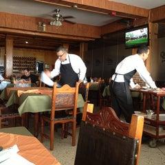 Photo taken at Restaurant El Tiuna by Radomir S. on 10/26/2013