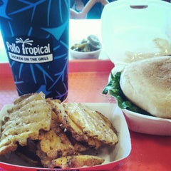 Photo taken at Pollo Tropical by Marco L. on 9/29/2012