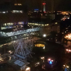 Photo taken at Hyatt Regency Birmingham by Vladimir H. on 11/11/2014