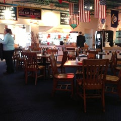 Photo taken at Fuddruckers by Paul C. on 12/13/2012