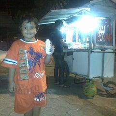 Photo taken at Roti Bakar by Yuli Ihwan P. on 7/7/2013
