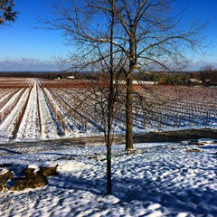 Photo taken at Flat Rock Cellars by Claude A. on 11/18/2014