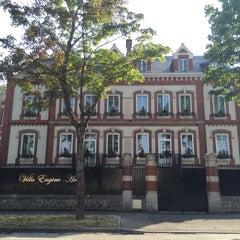 Photo taken at La Villa Eugène by Luis M. on 8/12/2015