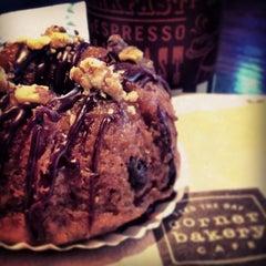 Photo taken at Corner Bakery Cafe by Yoshi M. on 2/21/2013