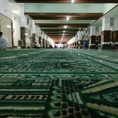 Photo taken at Masjid Agung Sunan Ampel by 'Arvin P. on 6/3/2015