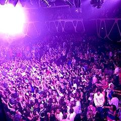 Photo taken at Hakkasan Las Vegas Nightclub by carol g. on 7/14/2013
