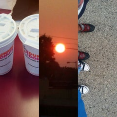 Photo taken at Dunkin Donuts by Markazul B. on 8/30/2015