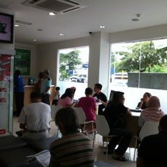 Photo taken at Maxis Centre by Sapasapa C. on 5/17/2014
