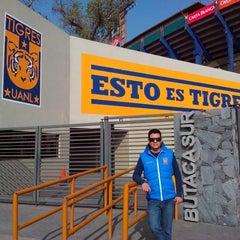 Photo taken at Tigre Tienda by Emilio L. on 12/10/2013