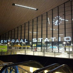 Photo taken at Station Rotterdam Centraal by Willem v. on 3/19/2013