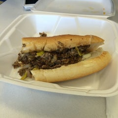Photo taken at Philly Steak & Gyro by Ms. Nic on 5/25/2014