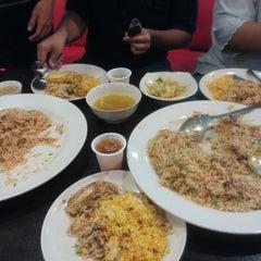 Photo taken at Restoran Qasar Hadramawt by imma on 7/8/2015