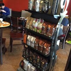 Photo taken at Starbucks (สตาร์บัคส์) by Ying S on 7/24/2015