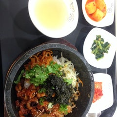 Photo taken at 이마트 본사 (emart HQ) by Hyewon C. on 9/24/2015