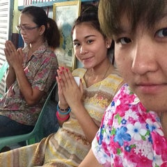Photo taken at วัดช่องนนทรี by Newty S. on 4/13/2014