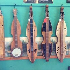 Photo taken at Wood 'N Strings by jojogray on 6/17/2013