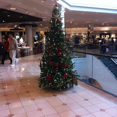 Photo taken at Nordstrom Scottsdale Fashion Square by Grant Y. on 12/28/2012