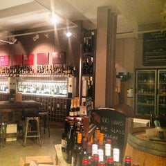 Photo taken at Vagabond Wines by Ana Sofia d. on 9/23/2014