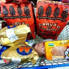 Photo taken at Mundial Supermercados by Rodrigo I. on 9/22/2013