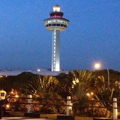 Photo taken at Changi Airport Terminal 1 by Pangeran S. on 5/30/2013