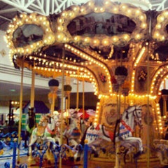Photo taken at Centro Comercial Galerías by Nelson M. on 10/28/2012