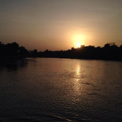 Photo taken at เดือนฉายรีสอร์ท กาญจนบุรี by NengTawatchai (. on 7/7/2015