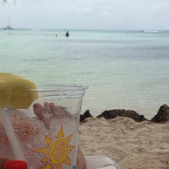 Photo taken at The Wreck Bar - Rum Point by Michelle B. on 6/10/2014