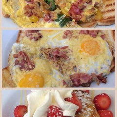 Photo taken at Will's Pancake House by Luwi M. on 5/30/2014