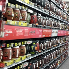 Photo taken at Sports Authority by Saul L. on 1/6/2014