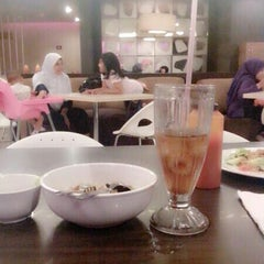 Photo taken at Solaria by Nahara R. on 1/12/2014
