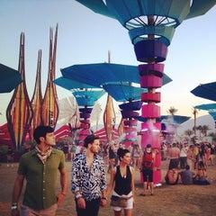 Photo taken at Coachella DoLab by Felix B. on 4/21/2014