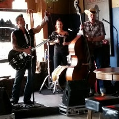 Photo taken at Lincoln's Roadhouse by Mike F. on 8/10/2014