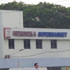 Photo taken at Merdeka Supermarket by Mat_Deris on 6/10/2014