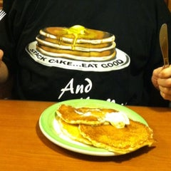 Photo taken at Perkins Restaurant & Bakery by Jon D. on 5/11/2013