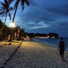 Photo taken at P. P. Erawan Palms Resort (พี พี เอราวัณ ปาล์ม รีสอร์ท) by Albino P. on 4/15/2015