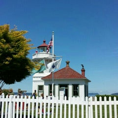 Photo taken at Mukilteo Lighthouse Park by Thelma P. on 6/29/2014