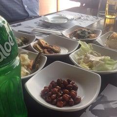 Photo taken at Huwon Restaurante Coreano by Yliana V. on 4/17/2014