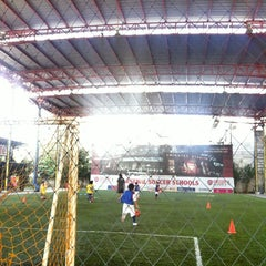 Photo taken at Arsenal Soccer Schools by Bungbing E. on 1/24/2014