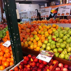 Photo taken at Station St Markets by Ettore G. on 2/18/2012
