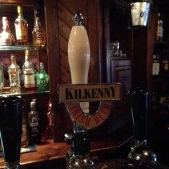 Photo taken at O'Mearas Irish Pub by Gijs B. on 5/27/2015