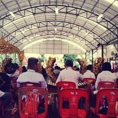 Photo taken at วัดบางหัวเสือ by Pangko K. on 9/7/2014