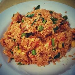 Photo taken at Restaurant Impian Shah Maju by SwINg P. on 11/22/2014