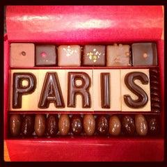 Photo taken at Jadis et Gourmande Chocolats by Allan L. on 9/27/2012